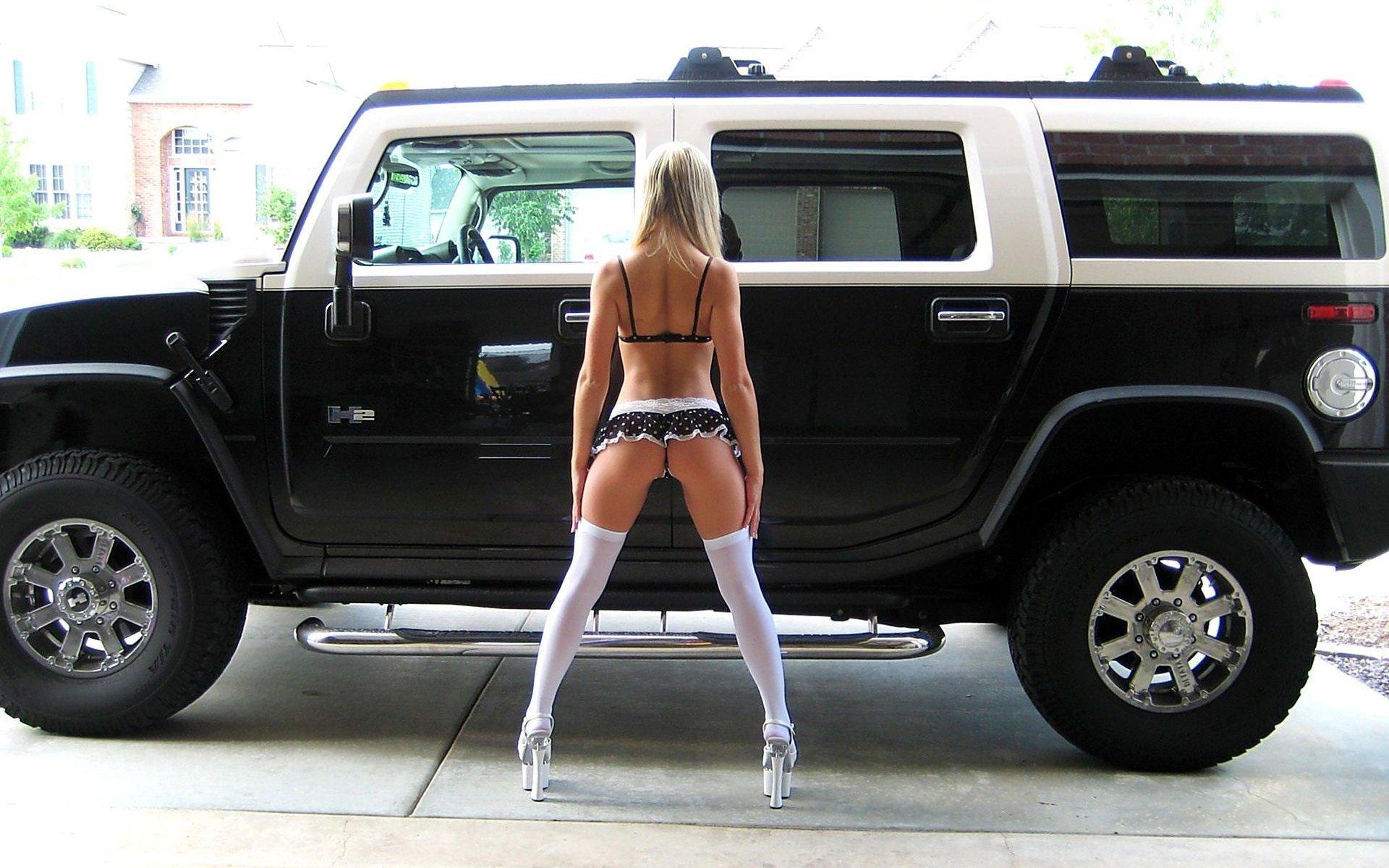 Смотреть онлайн голая за рулем 20 фотография