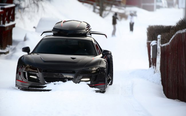 Audi R8 Black Winter