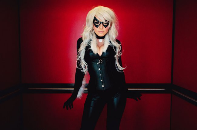 Jessica Nigri cosplay black cat