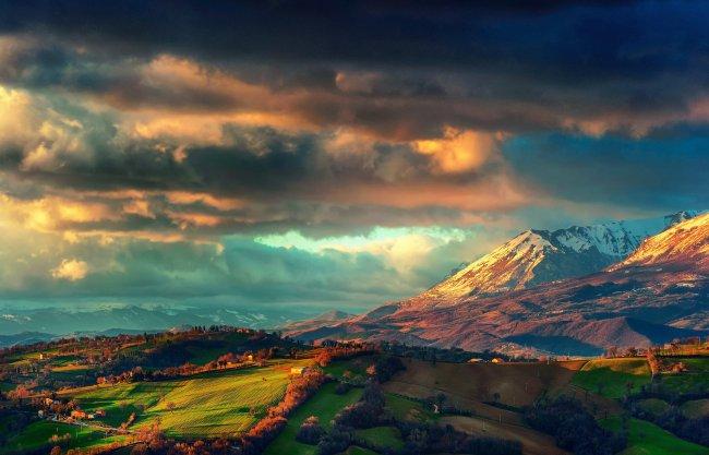Горный хребет Монти-Сибиллини, Италия