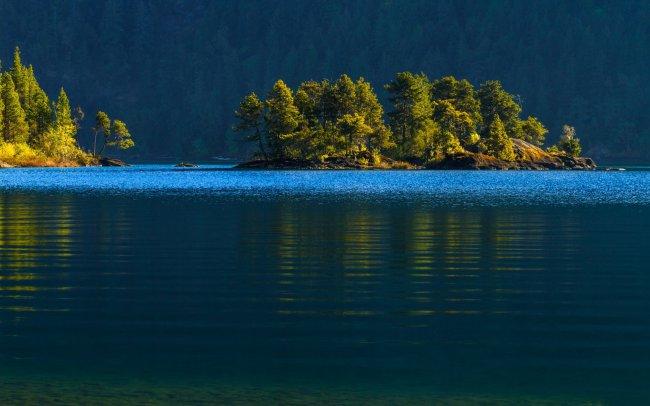 Озеро Ковичан в Канаде