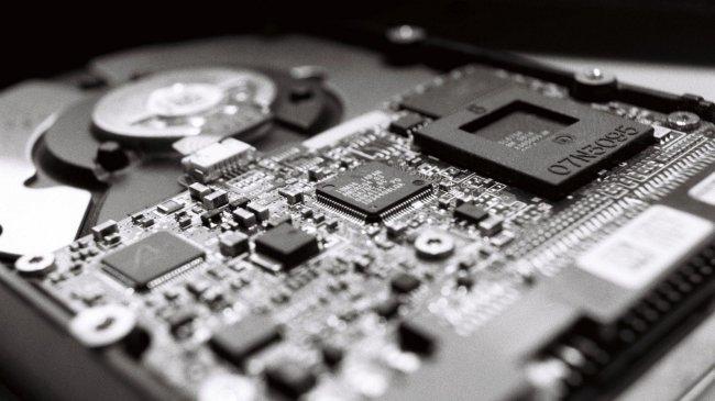 Микросхемы на накопителе HDD