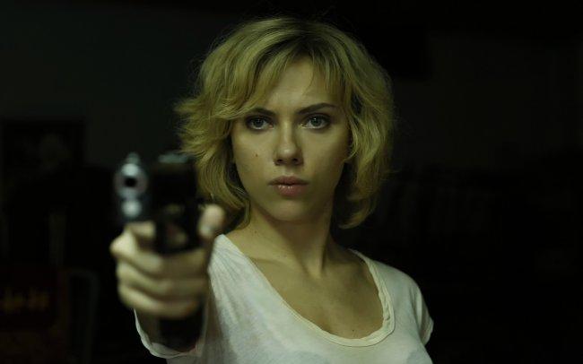 Scarlett Johansson в фильме Люси (Lucy)