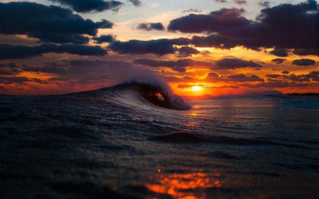 Морской пейзаж зимнего заката солнца