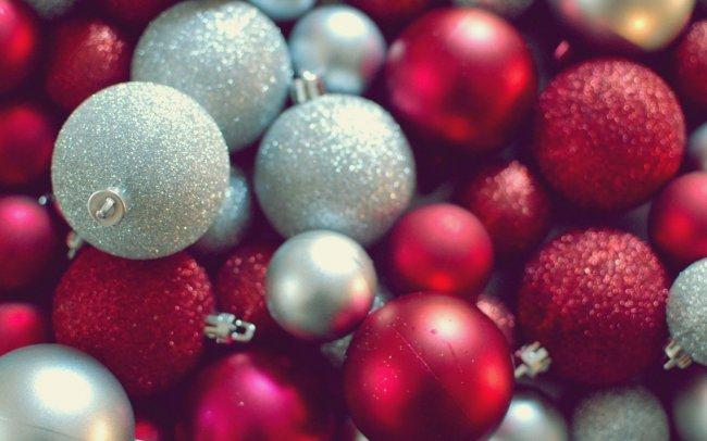 Новогодние елочные шары