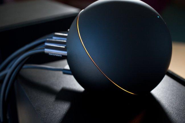 Медиа-развлекательное устройство Nexus Q