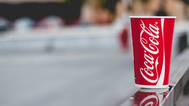 Coca-Cola в стакане