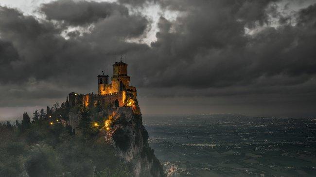 Крепость La Rocca в Сан-Марино