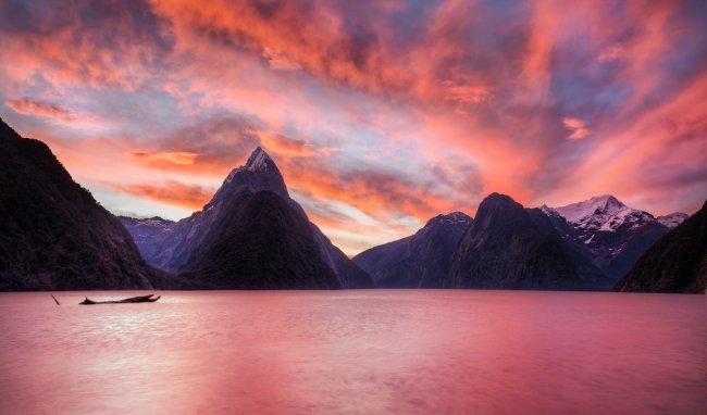 Милфорд-Саунд в юго-западной части Новой Зеландии
