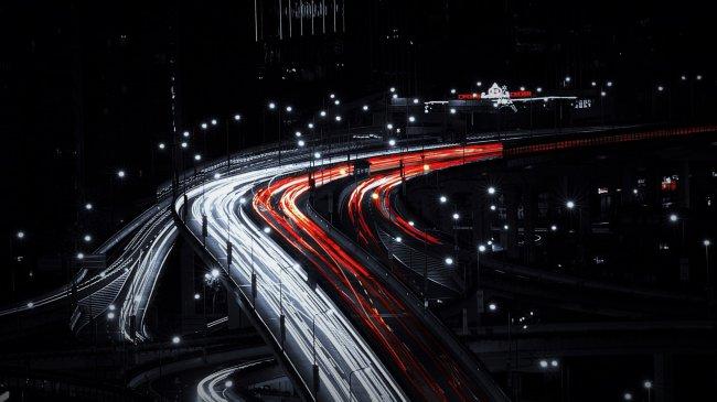 Дорожная развязка в ночном Шанхае