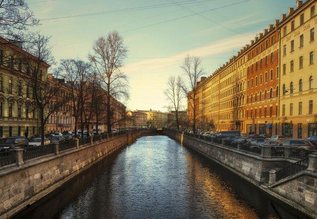 Санкт-Петербург город в России