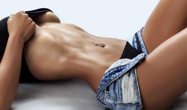 Спортивное женское тело