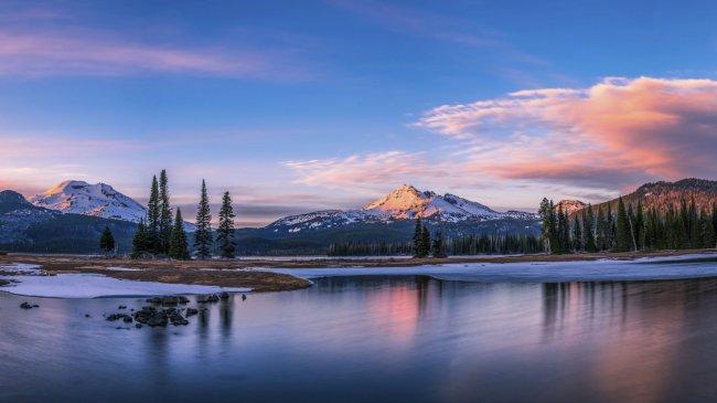 Озеро Спаркс в штате Орегон, США