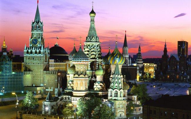 Храм Василия Блаженного и кремль в Москве, Россия