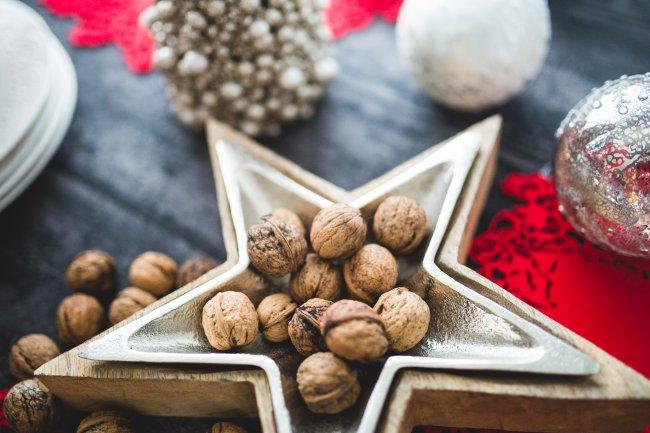 Грецкие орехи на Рождественском столе