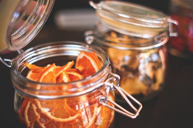 Сушеные апельсины в банке