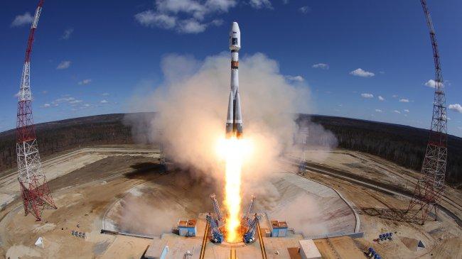 Космодром Восточный. Пуск РКН Союз-2.1а