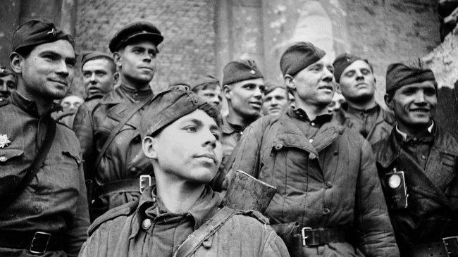 Солдаты, штурмовавшие рейхстаг