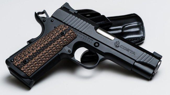 Пистолет M1911