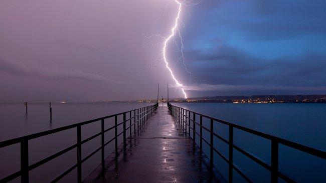Шторм над боденском озером, Германия