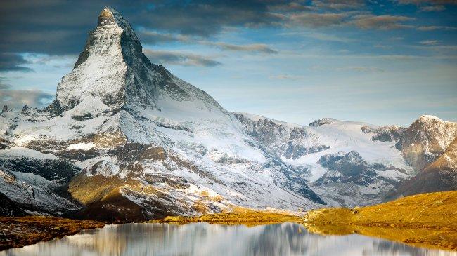 Вершина Маттерхорн в Пеннинских Альпах, Швейцария