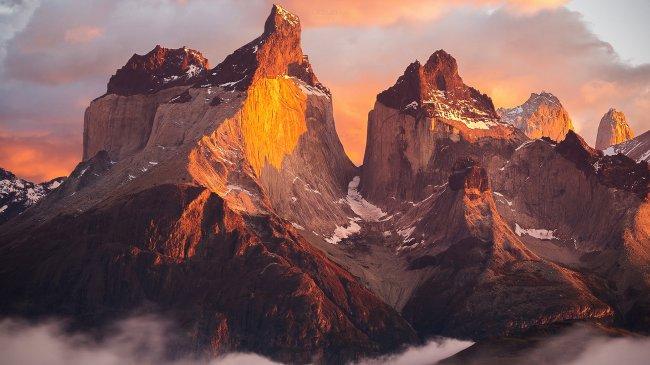 Горная цепь Торрес-дель-Пайне в Чили