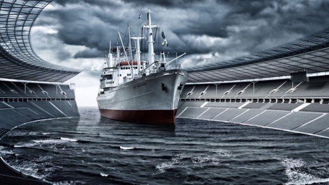 Корабль заплывает на олимпийский стадион