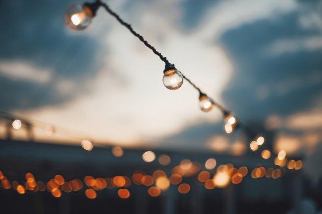Гирлянды из ламп