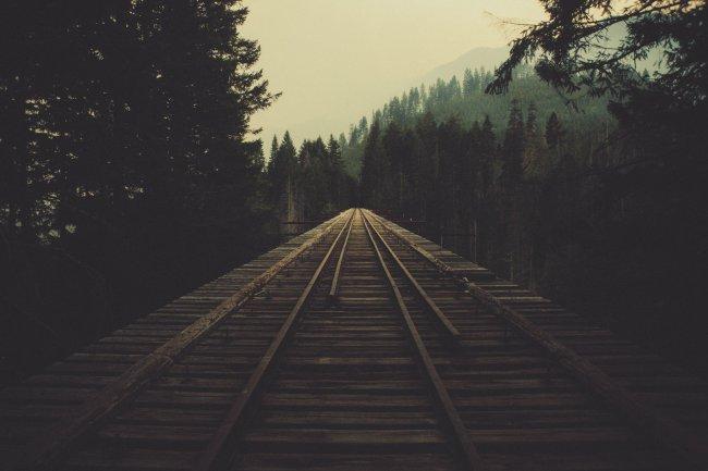 Заброшенный железнодорожный мост в США