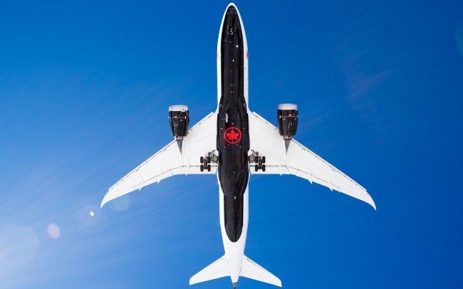 Boeing 787-8 C-GHPQ