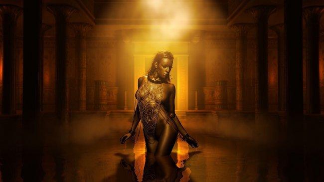 Обнаженная девушка в египетском дворце