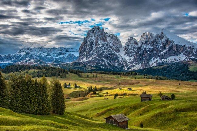 Горная тундра Альпе-ди-Сьюзи в Италии