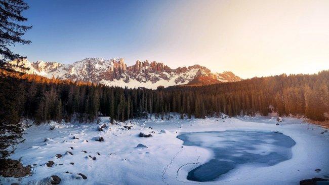 Озеро Карецца в Италии