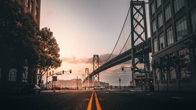 Мост Бей-Бридж между Сан-Франциско и Оклендом