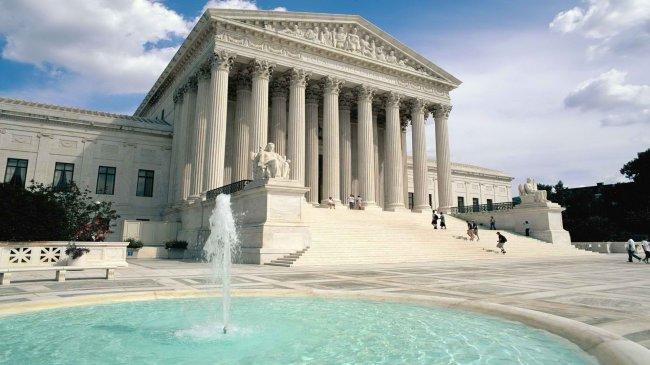 Здание верховного суда в США