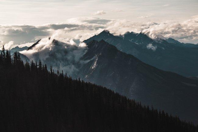 Горы национального парка Банф в провинции Альберта, Канада