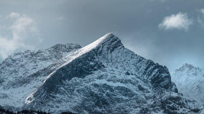 Гора Альпшпитце в Гармиш-Партенкирхен, Германия