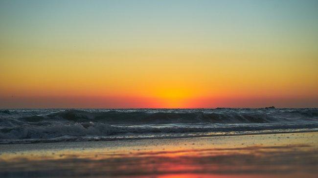 Вечерний морской закат