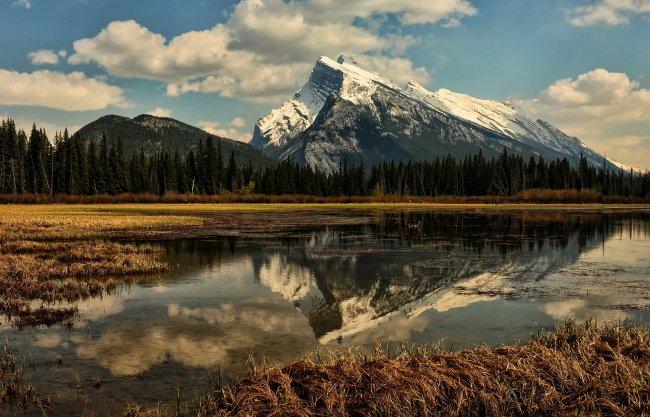 Гора Рандл в провинции Альберта, Канада