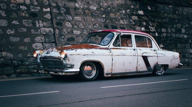 Советский автомобиль ГАЗ-21