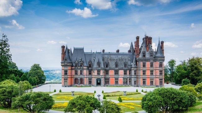 Замок Треварез, Франция